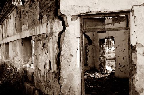 ruins-70585_640
